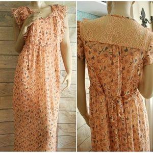Xhilaration So Girly Floral Dress